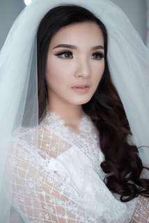 DONNA LIONG MAKE UP