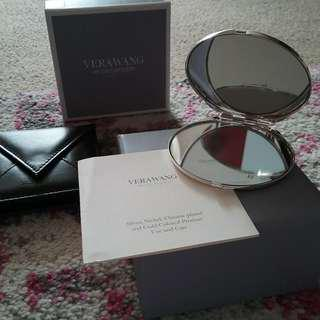 BRAND NEW - by VERA WANG - With Love Noir COMPACT MIRROR