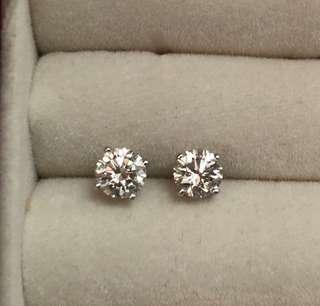 清柜平讓:18K G/VS1 81份鑽石耳環
