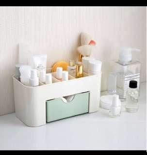 Cosmetic / Stationery Organizer