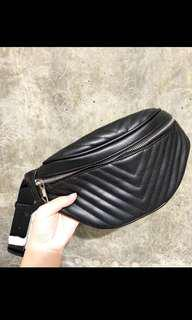 STRADIVARIUS CHEVRON BUM BAG/BELT BAG