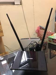 TP-Link Router (TP-WR841HP)