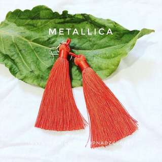 METALLIC RED - tassel earrings