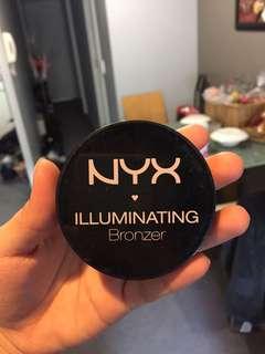 Nyx Illuminating Bronzer (highlighter)