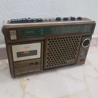 1975 Retro Sony Cassette Player/Radio