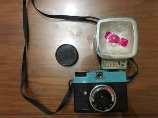 🚚 Diana F+ LOMO 相機 + 閃光燈