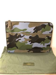 Valentino Camouflage leather clutch 95% new