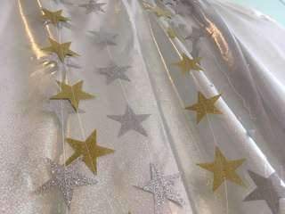 $2.00-$2.50: 4m glitter star garland