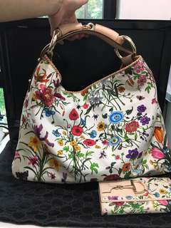 Gucci Floral Canvas Large Horsebit Hobo Bag + Purse 👛 👜