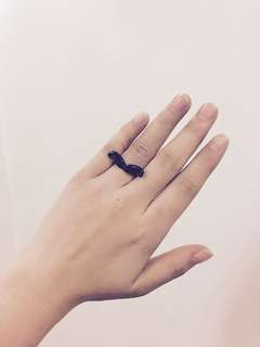 Giveaway: Black Mustache Ring