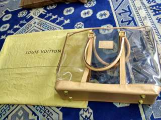 LV ducthbag