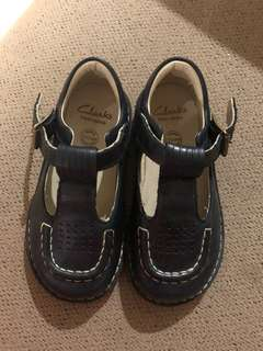 Clarks Shoes Size UK 7 kids (Blue)