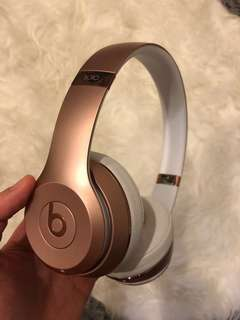 Beats solo3 wireless ROSE GOLD special edition
