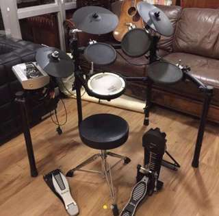 Roland TD-9 Electronic Drum Set