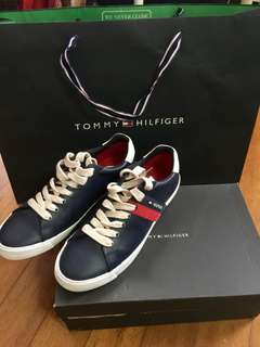 Tommy Hilfiger authentic sneakers not lv gucci hermes valentino yeezy nmd