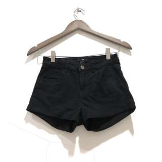 H&M Black Short Pants