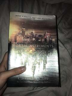 Mortal instruments city of bonrd