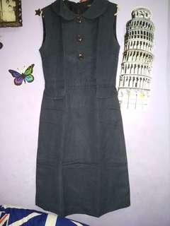 Dress biru navy