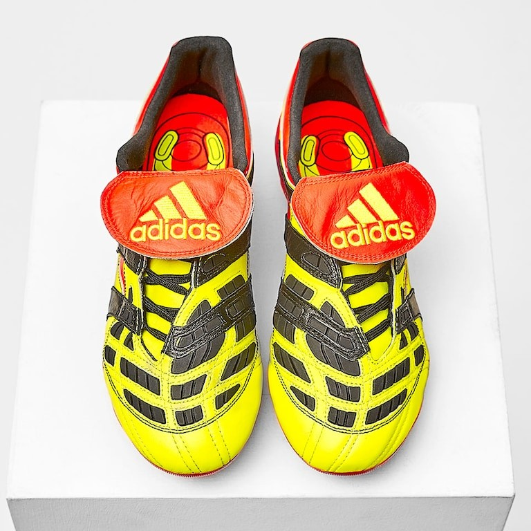 8c97b4aa8a8 Adidas predator accelerator remake uk6, Men's Fashion, Footwear ...