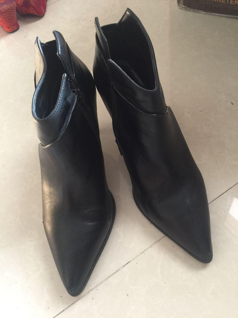 All black charles & keith stiletto / heels. / ankle