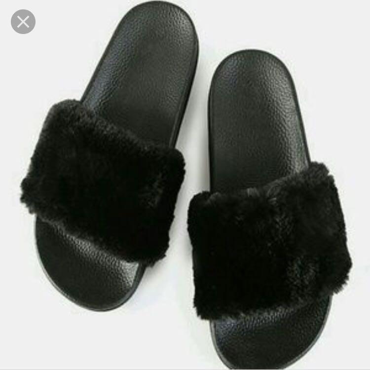 Black fluffy Slippers Size 38, Women's