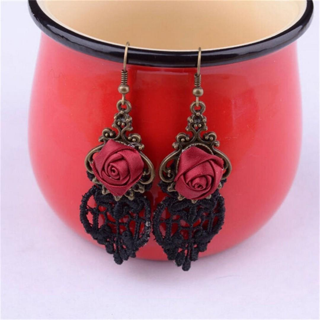 BN 1 Fashion Gothic Victorian Retro Lace Vintage Pendant Earrings [MJN99]