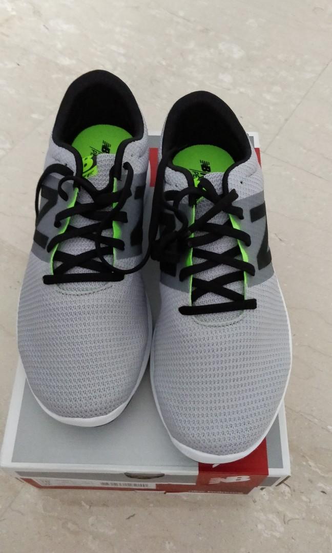BNIB New Balance Koze running shoes