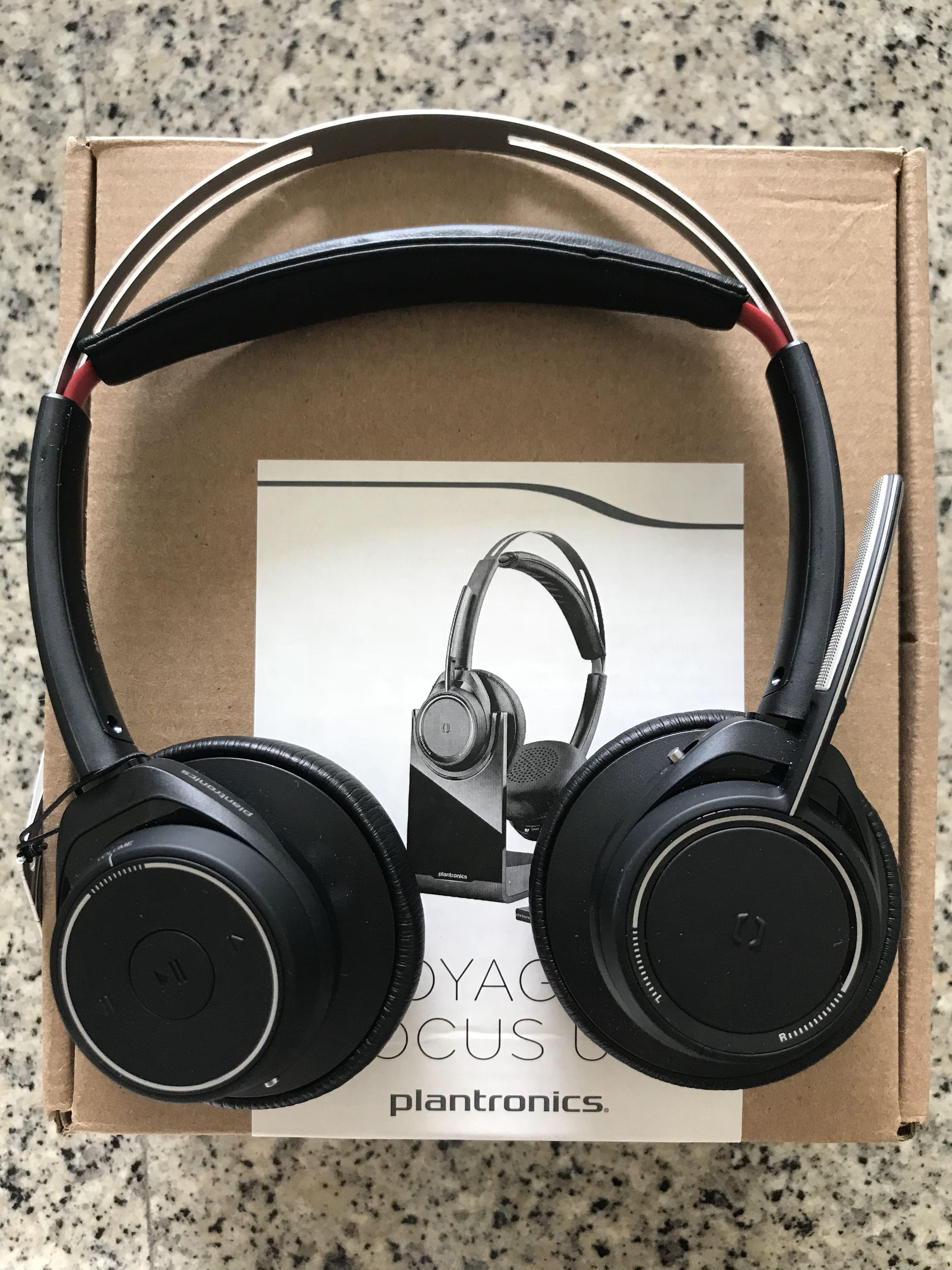 2d03d1cbdf0 Brand New Plantronics Voyager Focus B825 For Sale, Electronics ...