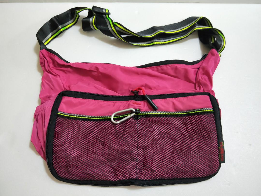 Foldable sling bag