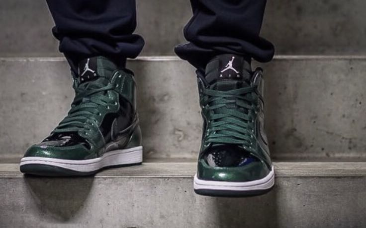 e51341ba6936 Nike Air Jordan 1 Retro High - Grove Green