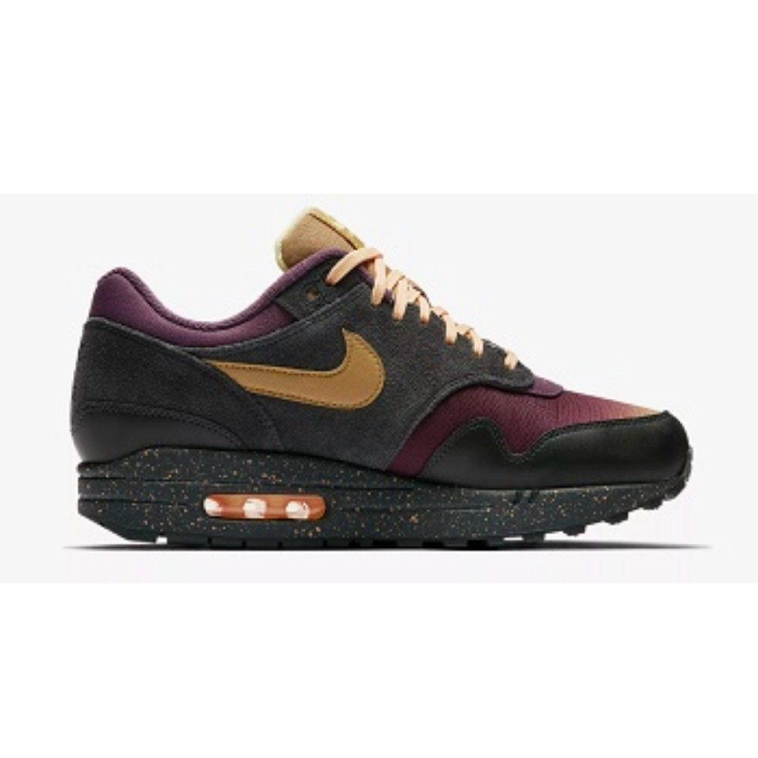 139ff1fdc1 Nike Air Max 1 Premium(Anthracite/Pro Purple), Men's Fashion, Footwear,  Sneakers on Carousell