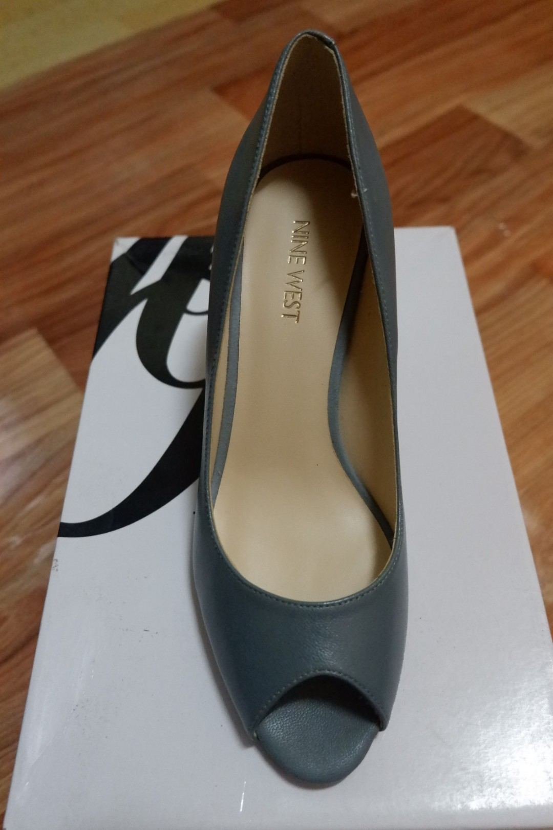 01120f2c21 NINE WEST ORISSA PEEP TOE SIZE 36 1/2, Women's Fashion, Shoes on Carousell