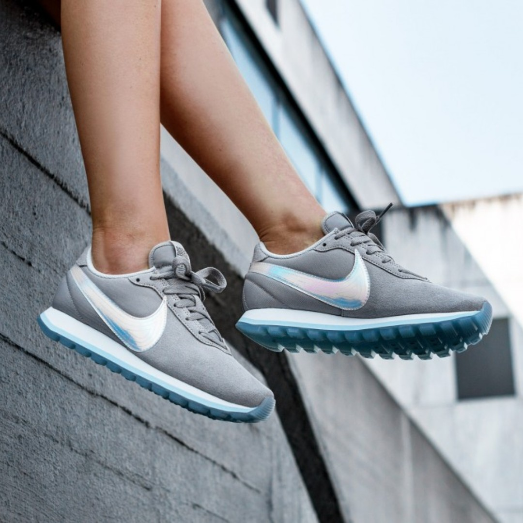 ef7cef09870f3 (PO) Nike Womens Prelove XO Grey Iridescent, Women's Fashion, Shoes,  Sneakers on Carousell