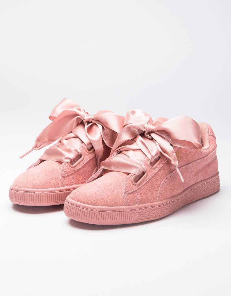barricade Sunburn Incompetence  puma suede heart satin trainers, Women's Fashion, Shoes on Carousell