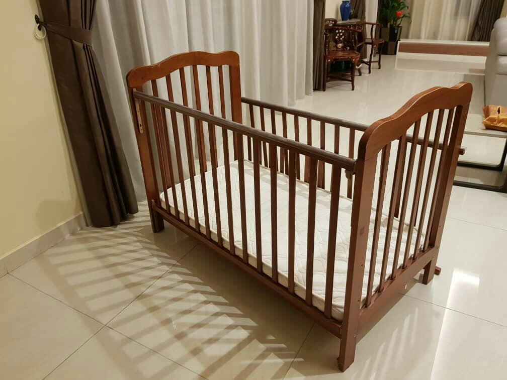 check out e9425 214cf Quality BABY - TODDLER - CHILD cot purchased from First Few Years, The Curve