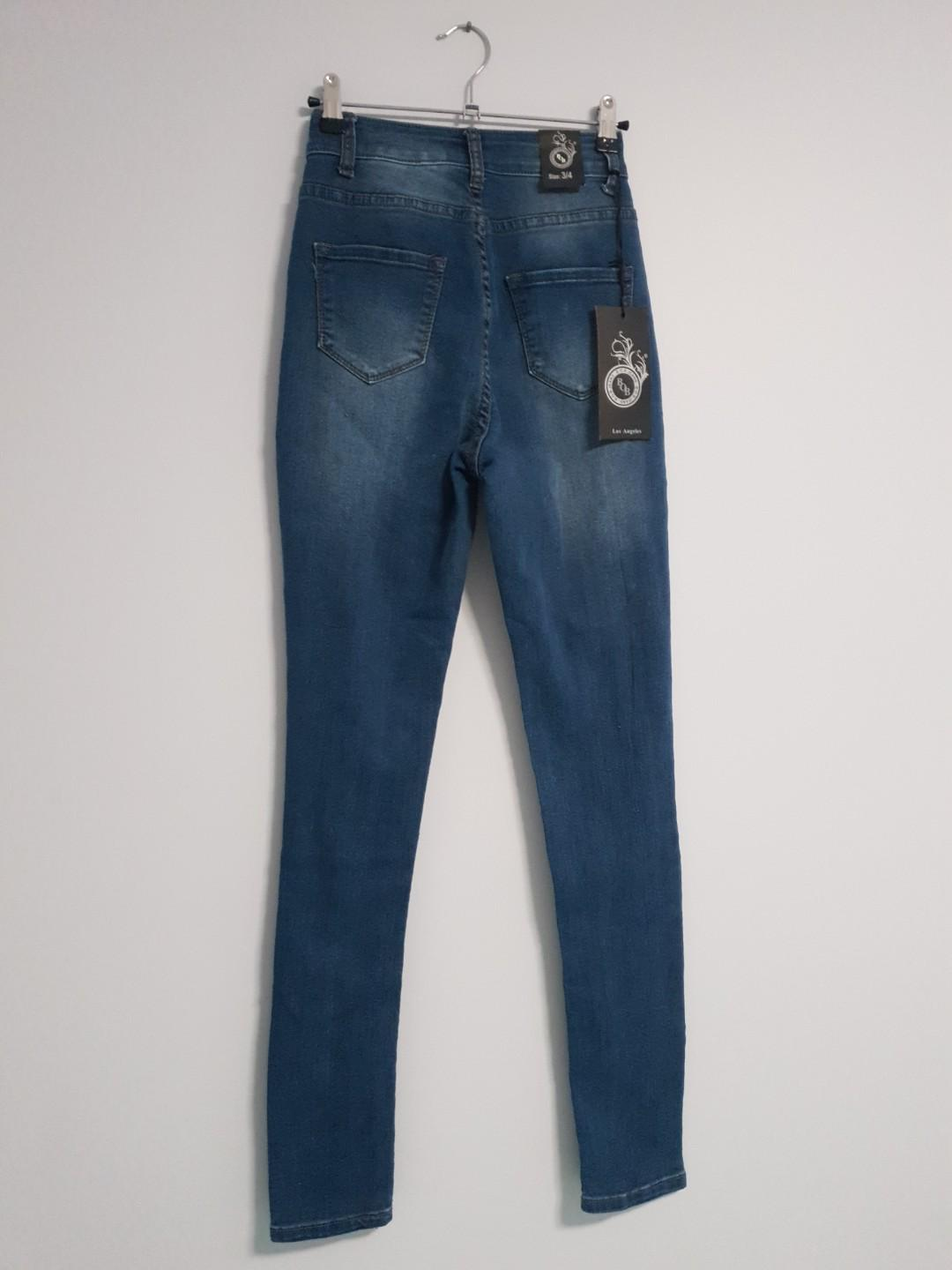 Ripped high rise Jean's