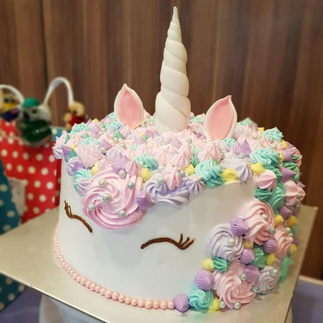 Unicorn Face Birthday Cake Food Drinks Baked Goods On Carousell