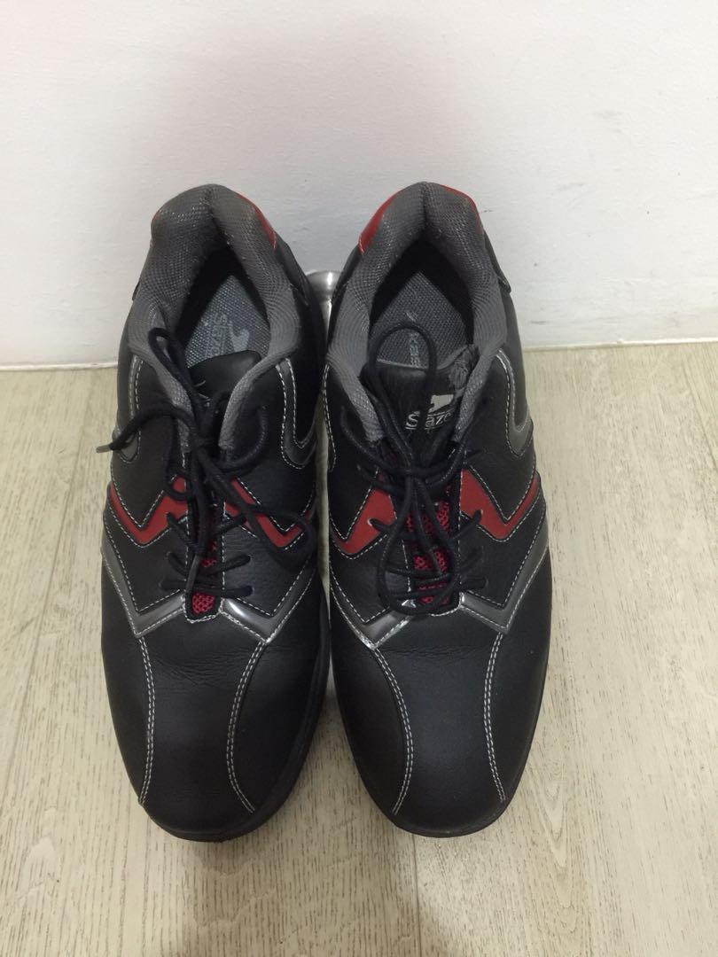 8936b42127d Used Slazenger Men's Golf Shoes size UK9, Sports, Sports Apparel on ...