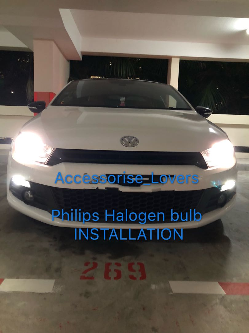 Volkswagen scirocco drop by for Philips bulb replacement