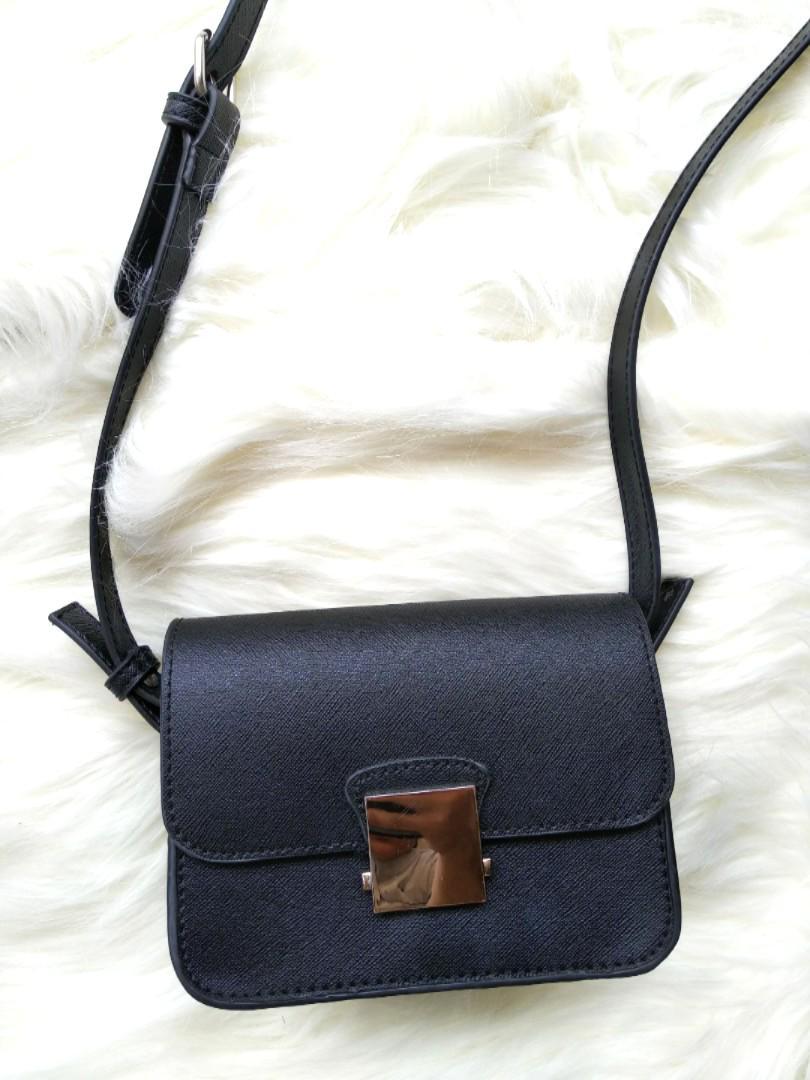 Zara Ori Black Sling Bag