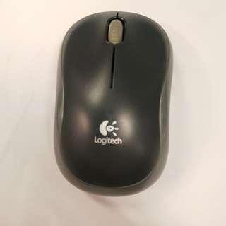 9/10 Condition Logitech M186 2.4G Hz Wireless Mouse