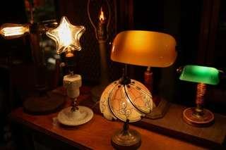 🚚 老檯燈