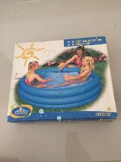 kolam renang plastik