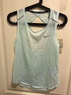🚚 Nike慢跑排汗背心