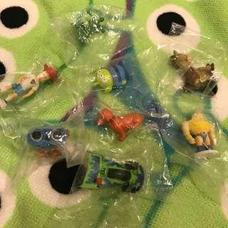 玩具總動員 扭蛋 安迪 安迪狗 藍尼 RC車 洛基 三眼怪 紅心 綠兵 8款合售