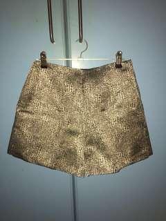 Gold print high waist short shorts