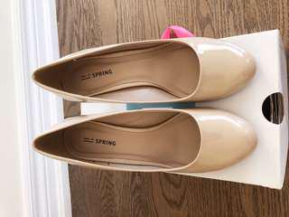 70% new, nude color, Karea, US size 8, EU 38, UK 5.5