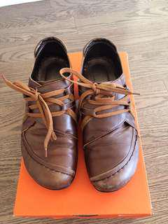 Leather shoes, US size 8, EU size 38, soft & very comfortable