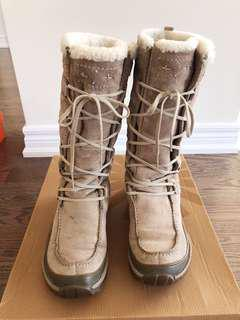 70% new, CAT winter boots, US size 8, UK 6, EUR 39