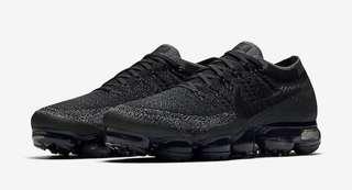 Nike Vapormax Flyknit Triple Black US9